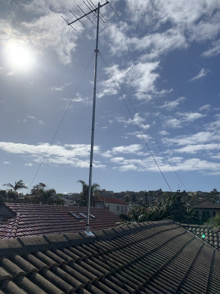 15ft Mast TV Antenna Installation Bondi